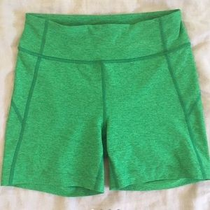 ISO: outdoor voices warmup shorts size M or L!!